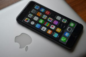 Thnaksgiving gift idea smartphones