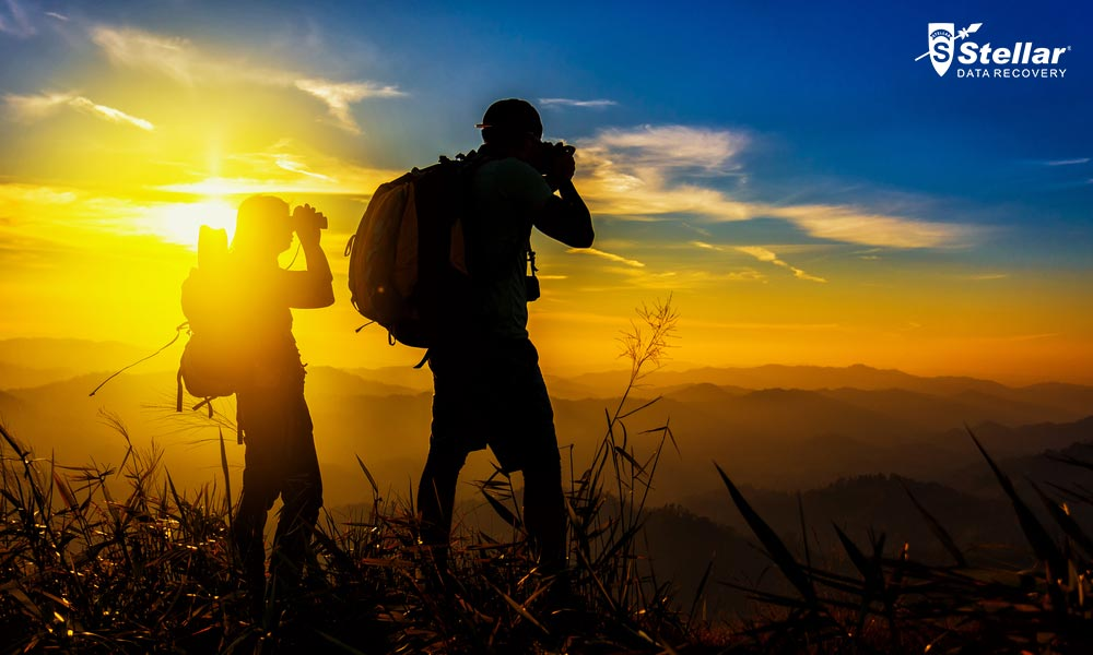 21 Tips By Best Backpackers And Travel Photographers