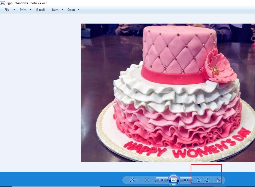 Rotate the JPEG image Windows Photo Viewer