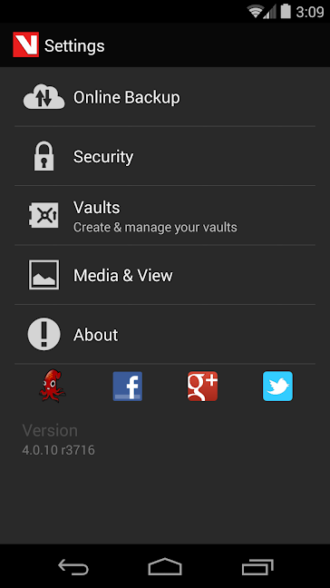 Vaulty app Settings screen to hide Android photos